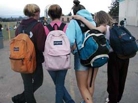 Preventing kids' injuries from heavy backpacks