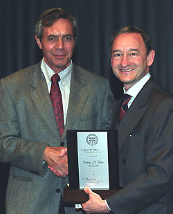 Chemistry's Hiss receives Gloria White award at Staff Day