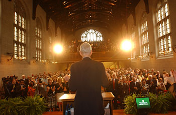 A standing ovation for Chancellor Emeritus William H.