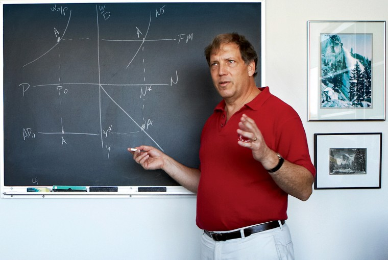 Professor Steve Fazzari talks about the American Dream