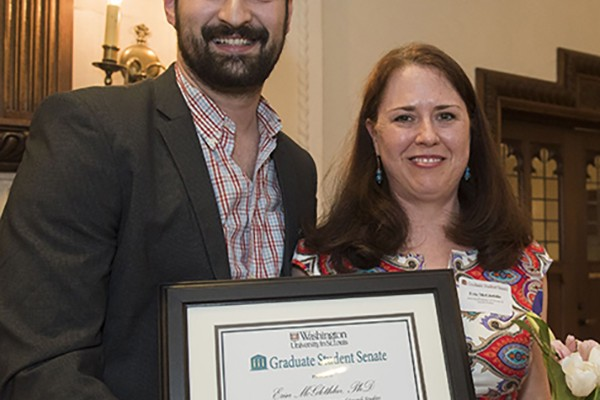 Graduate students recognize faculty mentors
