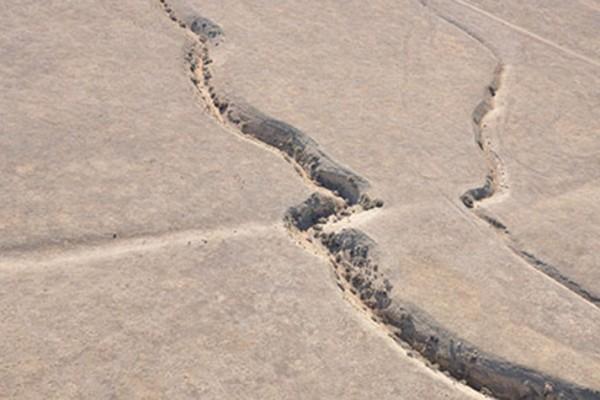 WashU seismologist who loves disaster movies reviews 'San Andreas'