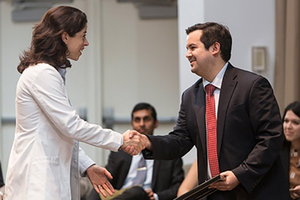 Students honor medical faculty, residents
