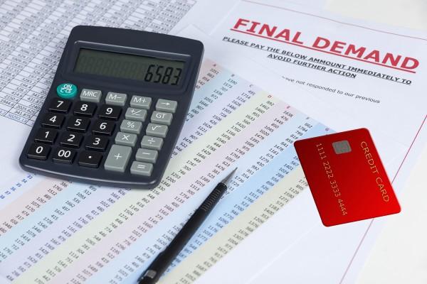 Four simple factors can determine future povertyrisk