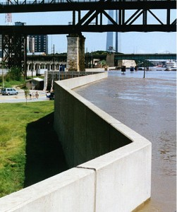 Saint Louis floodwall