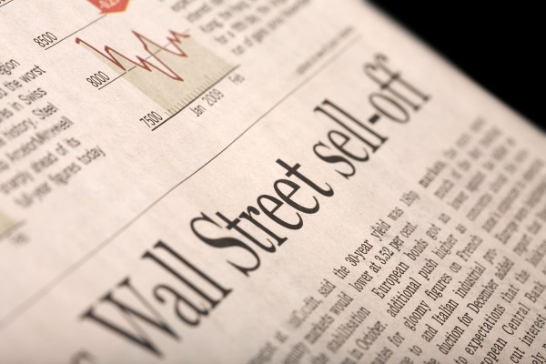 Tracking the market using yesterday's headlines