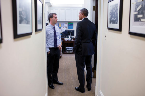 Eric Schultz speaks with President Obama
