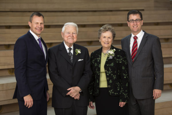 $5 million gift to fund new George and Carol Bauer Leadership Center at Olin Business School