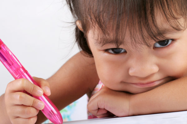 Toddlers begin learning rules of reading, writing at very early age