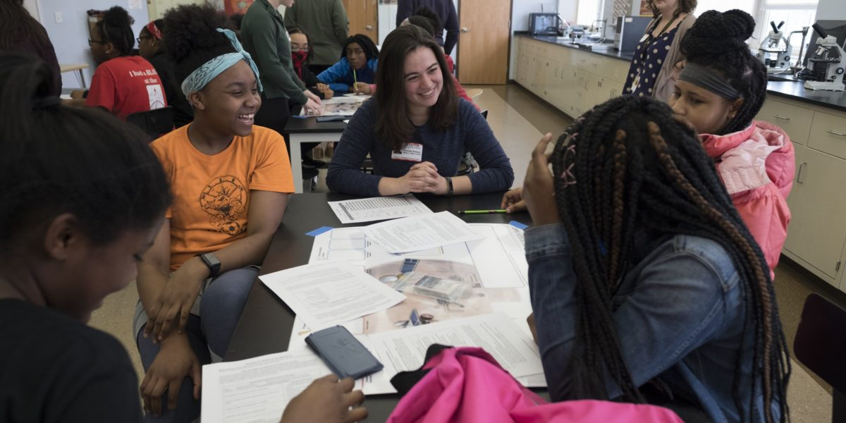 Hawthorn students at tutoring program