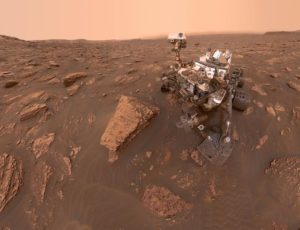 Curiosity's dusty selfie
