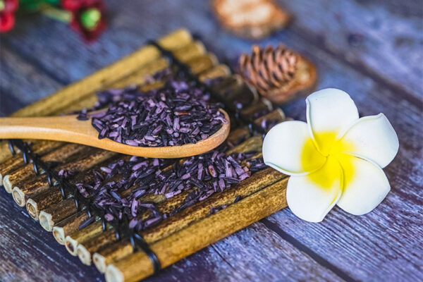 Traditional farming preserves diversity of Thai purple rice