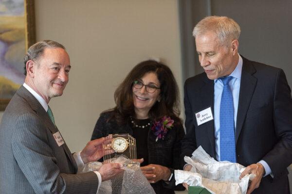 Sue and Jerry Schlichter receive Harris Award