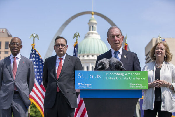 Bloomberg announces Midwestern Collegiate Climate Summit