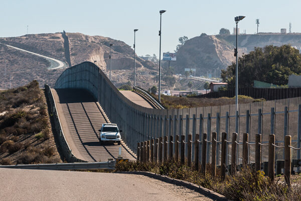 Border walls obstruct legal trade by one-third, 'divert' illegal trade