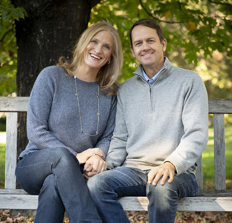 "Carolyn ""Beanie"" Reuter, AB '94, and Drew Spangler, AB '93, BS '93"
