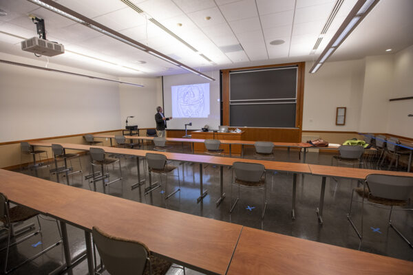 WashU Spaces: Seigle Hall L004