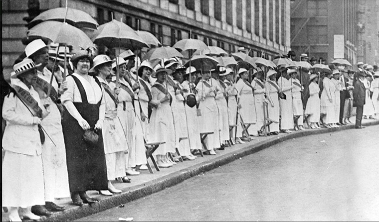 The Golden Lane_St. Louis suffragist demonstration