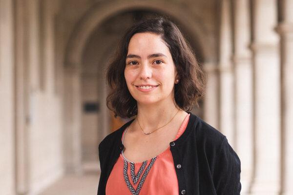 Laura Escobar Vega: Building mathematical bridges