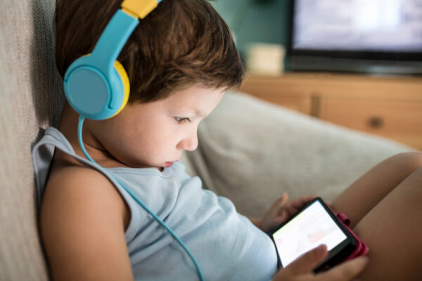 Pandemic increased screen time, decreased physical activity in children