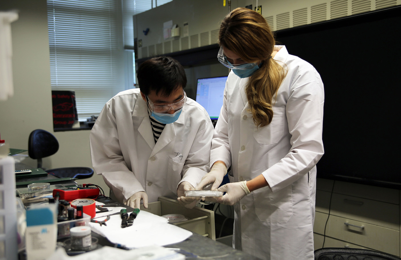 Helping teachers bring lab research to life