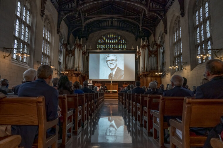 University, region gather to honor Danforth
